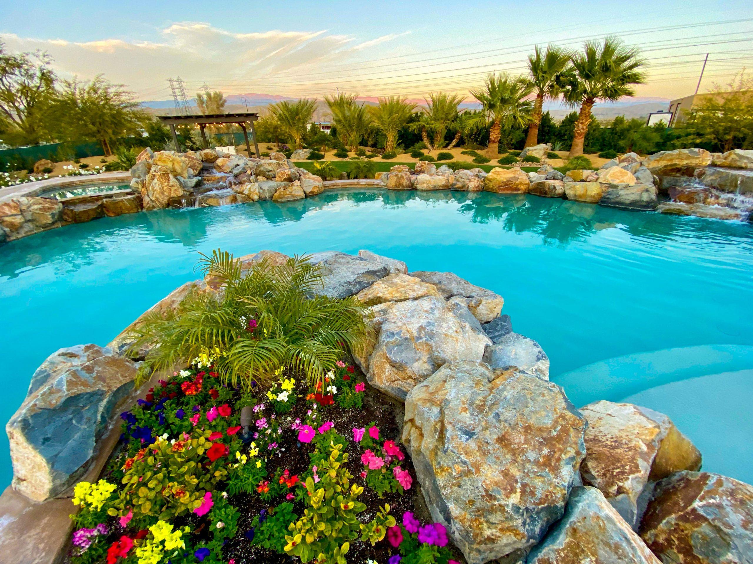 The Estate at Via Las Palmas - Backyard Oasis and Resort Style Pool