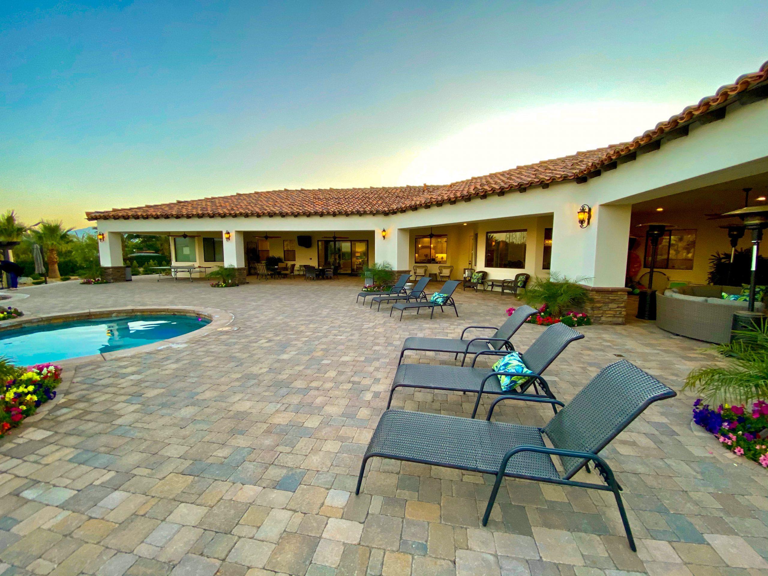 The Estate at Via Las Palmas - Back Patio and Outdoor Kitchen