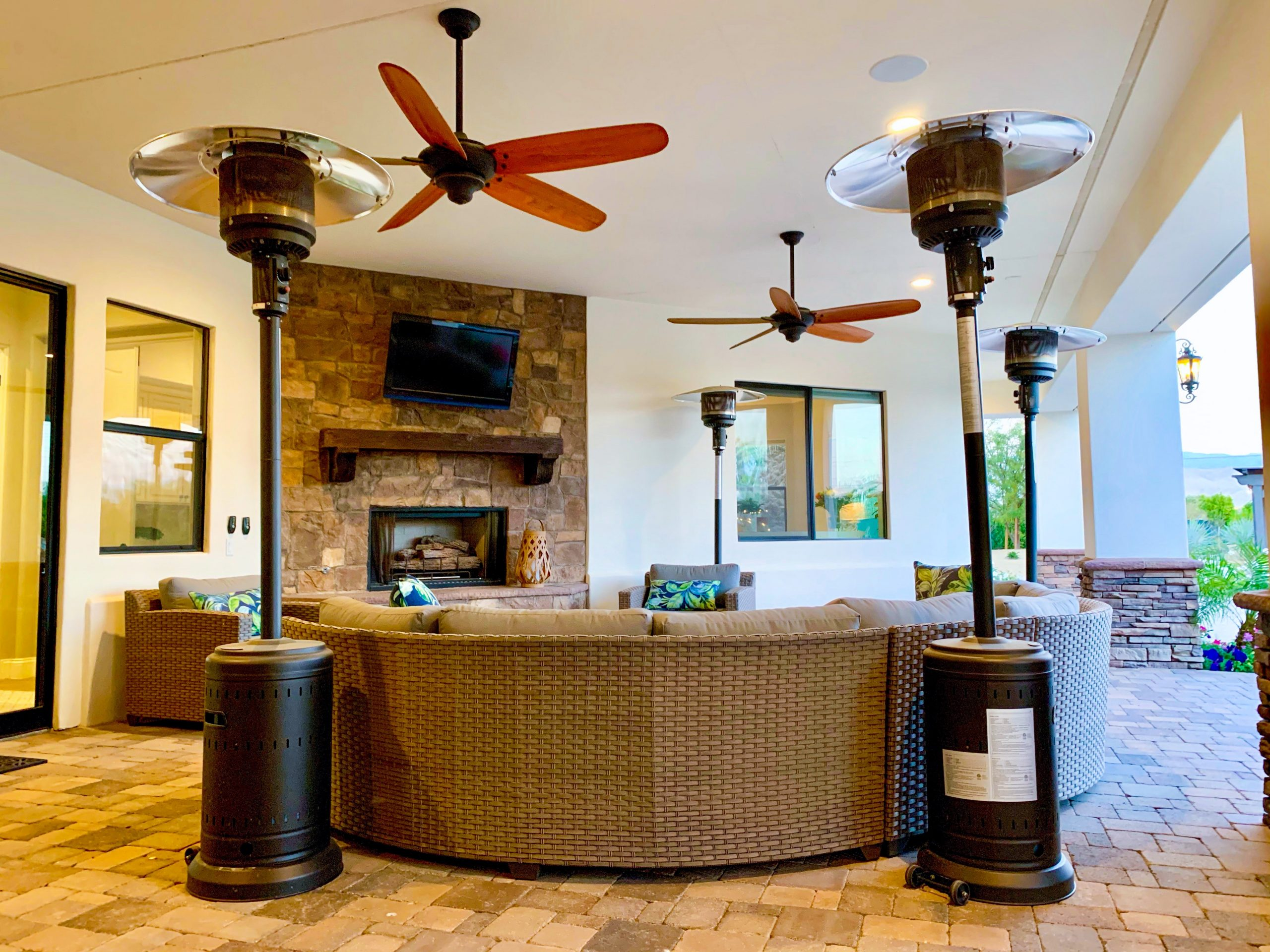 The Estate at Via Las Palmas - Outdoor Living Room and Fireplace