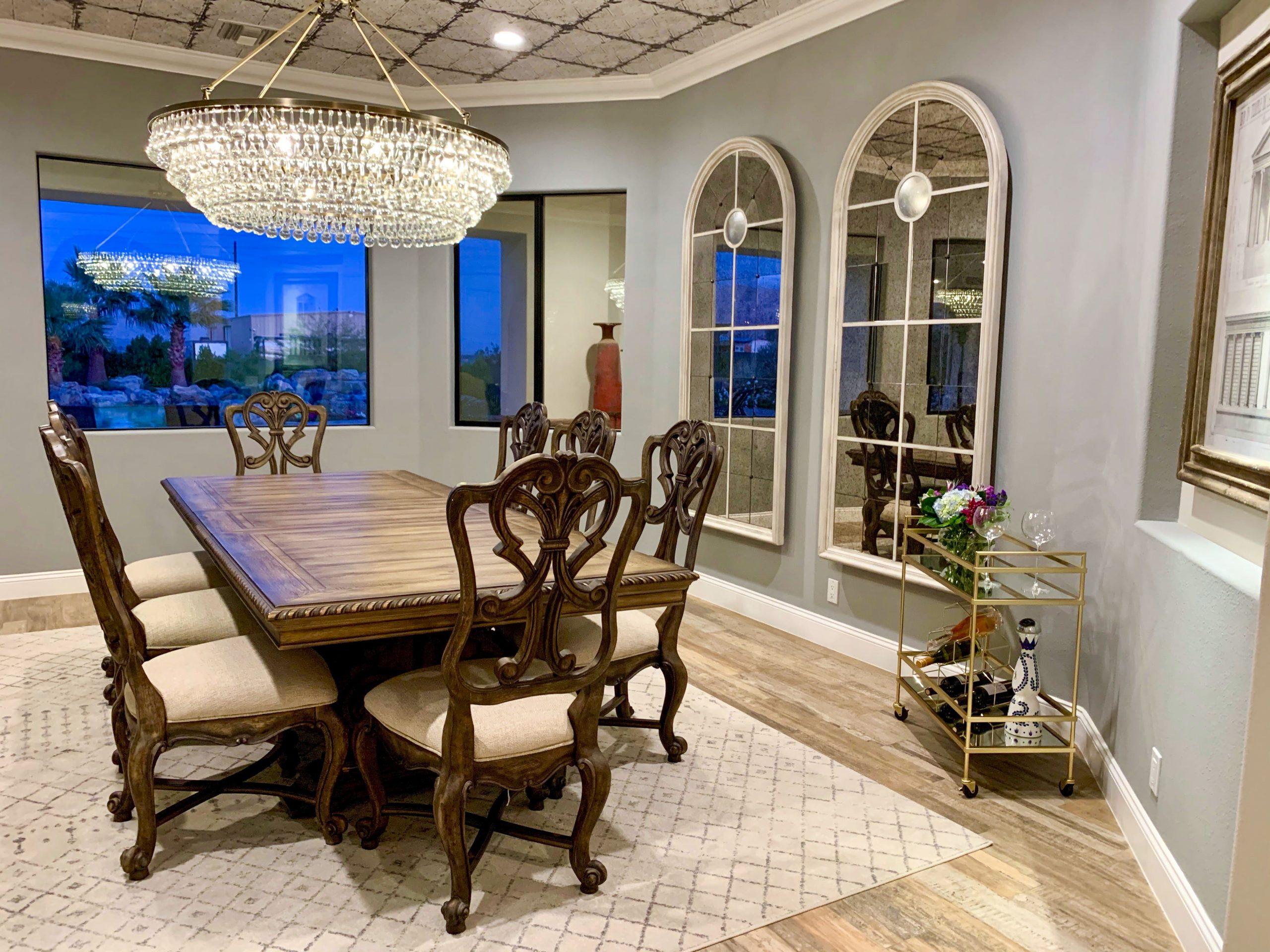 The Estate at Via Las Palmas - Dining Room